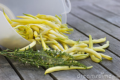 Yellow beans with savory