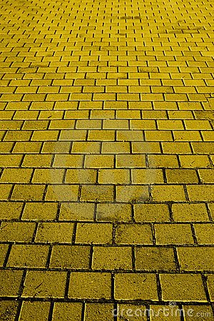 Free Yellow Brick Road Royalty Free Stock Photo - 3988465
