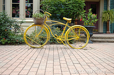 Yellow bycicle