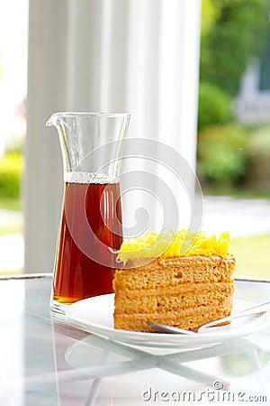 Yellow cake defocus
