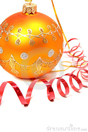 Free Yellow Christmas Sphere And Red Streamer Stock Photography - 1767012