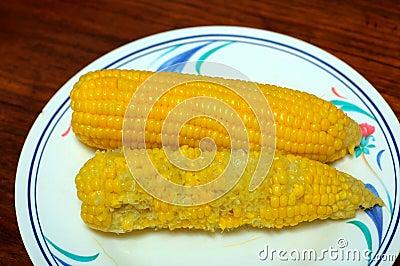Yellow corn in a bowl.