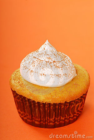 Yellow cupcake with vanilla frosting