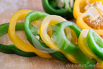 Yellow and green pepper slices