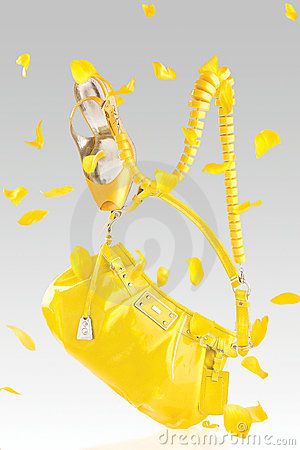 Yellow handbag and pumps