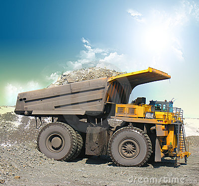 Free Yellow Mining Trucks Royalty Free Stock Photo - 8176025