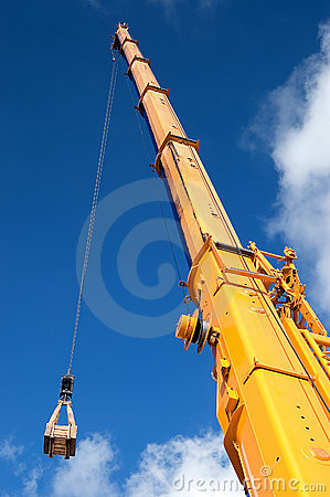 Free Yellow Mobile Crane Boom Royalty Free Stock Image - 6292696