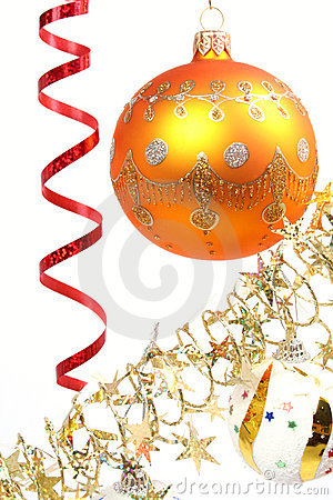 Free Yellow New Year S Sphere On A Background Of A Tinsel 2 Royalty Free Stock Image - 1766986