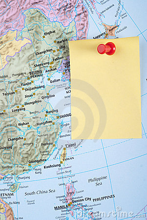 Yellow Note and red pin on map