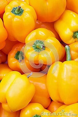 Free Yellow Paprika Royalty Free Stock Image - 6177606
