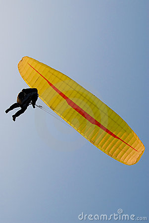 Free Yellow Paraglider Royalty Free Stock Photography - 9717247