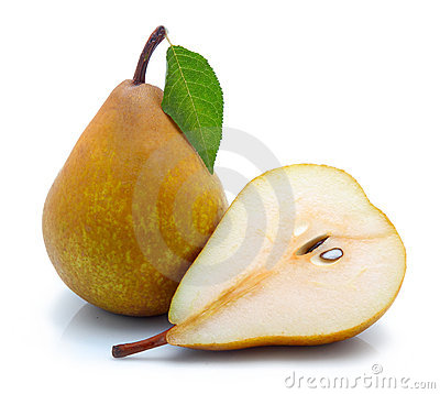Free Yellow Sliced Pears With Green Leaf Isolated Stock Photo - 16884010