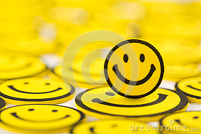 Yellow smiley magnet