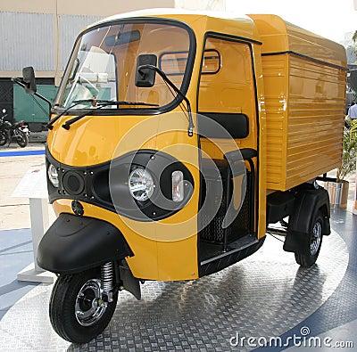 Free Yellow Three Wheeler Pickup At Stock Photo - 4390390