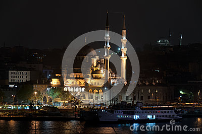The Yeni Camii - The New Mosque , Istanbul, Turkey