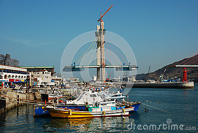Yeosu harbor, South Korea, bridge construction