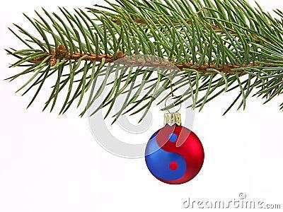 Ying-yang Christmas ball