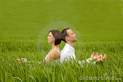 Yoga green couple