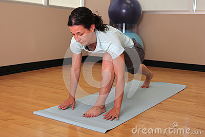 Yoga woman in lunge pose