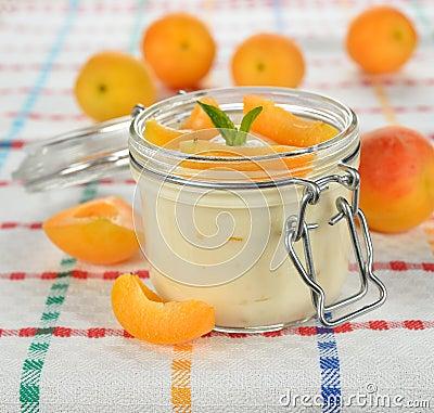 Yogurt with apricots