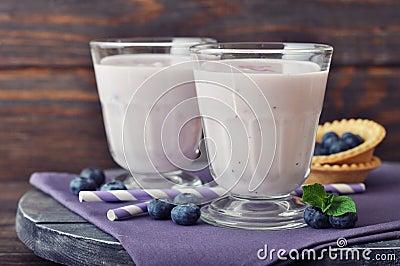 Yogurt with fresh blueberry
