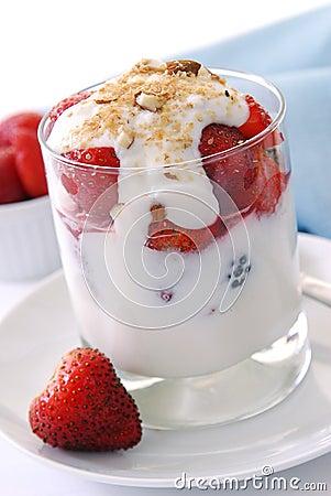 Free Yogurt Parfait Royalty Free Stock Photo - 16535245
