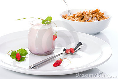 Yogurt, wild strawberries and