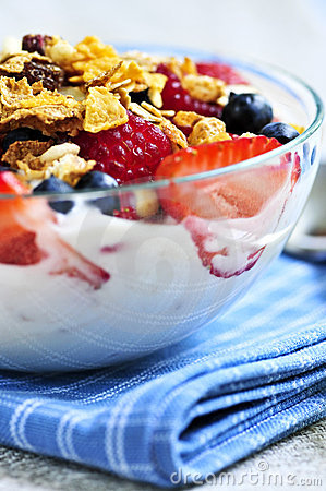 Free Yogurt With Berries And Granola Royalty Free Stock Photo - 6669555