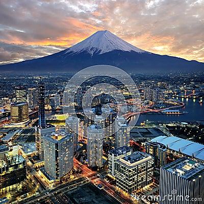 Free Yokohama City Surreal View Royalty Free Stock Photo - 21250065