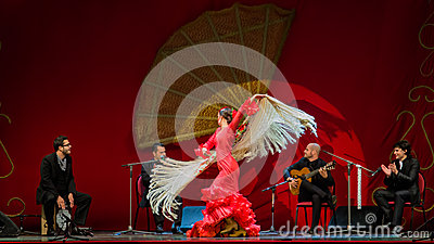 Yolanda Osuna - flamenco dancer