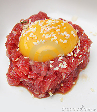 Yolk on minced beef
