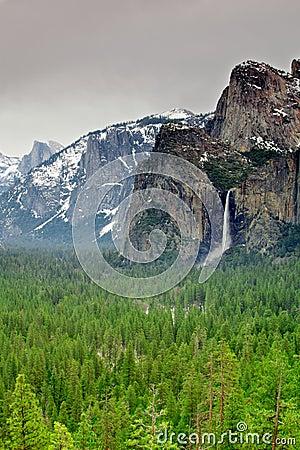 Yosemite Bridal Veil falls and valley