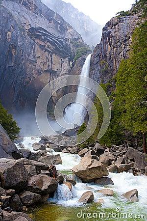 Free Yosemite Valley Falls Stock Photo - 21916820