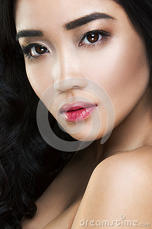 Free Young And Beautiful Asian Woman With Curly Hair Stock Photography - 39182932