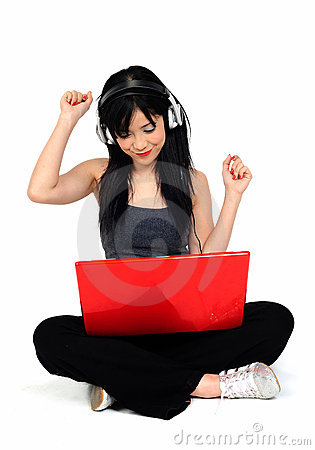 Free Young Asian Woman Listening Music From The Compute Royalty Free Stock Images - 10382909