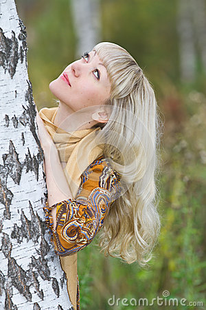 Free Young, Beautiful Blond Woman Stand Near A Birch Royalty Free Stock Image - 27302246