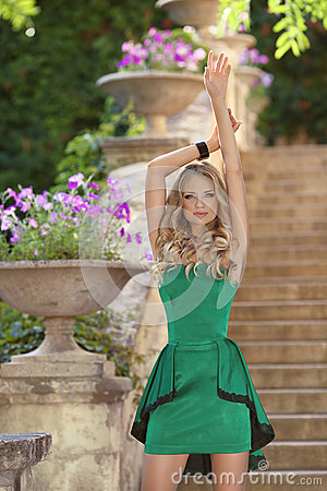 Free Young Beautiful Fashionable Girl Model In Fashion Green Dress Po Royalty Free Stock Photos - 57543448