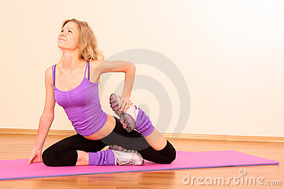 Young beautiful fitness girl
