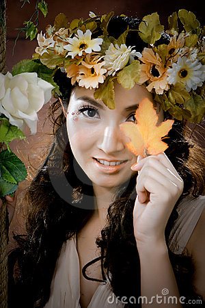 Free Young Beautiful Girl With Maple Leaf On Her Face Royalty Free Stock Photography - 20858897