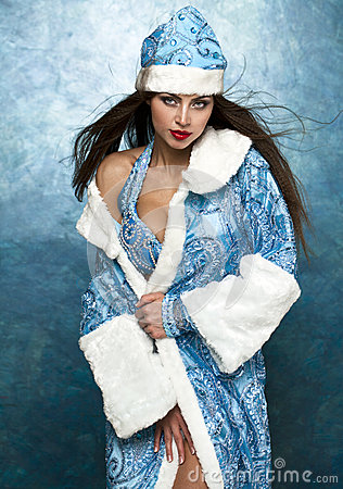 Free Young Beautiful Woman Dressed As Russian Snow Maiden Stock Image - 47209201