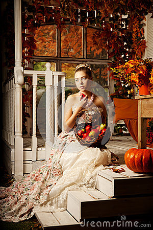 Free Young Beautiful Woman In Vintage Dress On Autumn Porch. Beauty G Royalty Free Stock Photos - 43929238