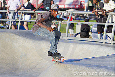 Young Black Male Performing At Skateboard Park Editorial Stock Image