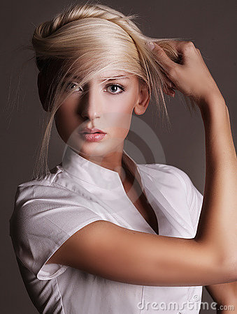 Free Young Blonde Royalty Free Stock Images - 9346629