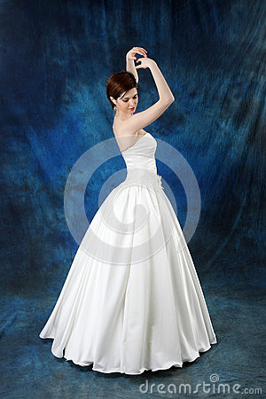 Young Bride in Long Classic Bridal Dress