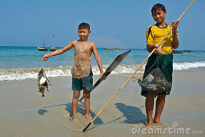 A young Burmese fisherman Editorial Stock Image