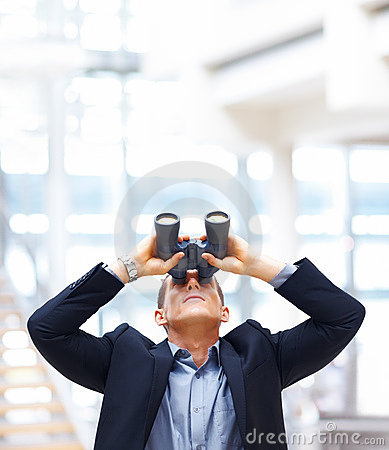 Free Young Business Man Searching For Opportunities Royalty Free Stock Photography - 14983317