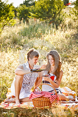 Free Young Couple Stock Images - 34035334