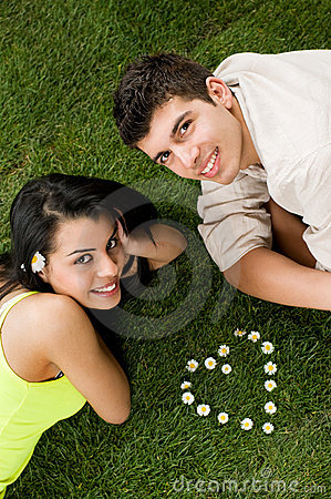 Free Young Couple In Love Royalty Free Stock Photography - 9060167