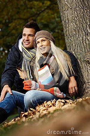 Free Young Couple In Park At Autumn Royalty Free Stock Photos - 27116828