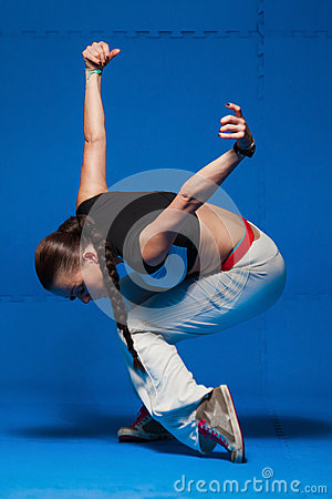 Free Young Dancer In Movement Stock Photo - 38670000